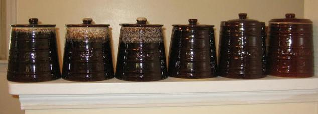 The 6 styles of Marcrest cookie jars are pictured here.